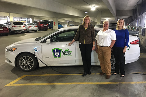 Electric and Hybrid Vehicle Charging Stations at Harrisburg's 5th Street Parking Garage